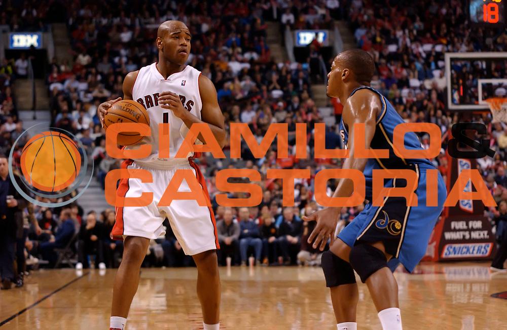 DESCRIZIONE : Toronto NBA 2009-2010 Toronto Raptors Washington Wizards<br /> GIOCATORE : Jarrett Jack<br /> SQUADRA : Toronto Raptors Washington Wizards<br /> EVENTO : Campionato NBA 2009-2010 <br /> GARA : Toronto Raptors Washington Wizards<br /> DATA : 20/02/2010<br /> CATEGORIA :<br /> SPORT : Pallacanestro <br /> AUTORE : Agenzia Ciamillo-Castoria/V.Keslassy<br /> Galleria : NBA 2009-2010<br /> Fotonotizia : Toronto NBA 2009-2010 Toronto Raptors Washington Wizards<br /> Predefinita :