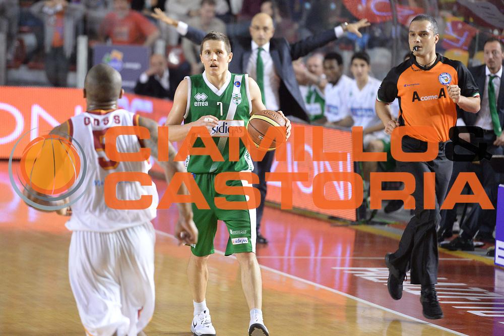 DESCRIZIONE : Campionato 2013/14 Acea Virtus Roma - Sidigas Avellino<br /> GIOCATORE : Jaka Lakovic<br /> CATEGORIA : Palleggio Composizione Curiosit&agrave;<br /> SQUADRA : Sidigas Scandone Avellino<br /> EVENTO : LegaBasket Serie A Beko 2013/2014<br /> GARA : Acea Virtus Roma - Sidigas Avellino<br /> DATA : 02/02/2014<br /> SPORT : Pallacanestro <br /> AUTORE : Agenzia Ciamillo-Castoria / GiulioCiamillo<br /> Galleria : LegaBasket Serie A Beko 2013/2014<br /> Fotonotizia : Campionato 2013/14 Acea Virtus Roma - Sidigas Avellino<br /> Predefinita :