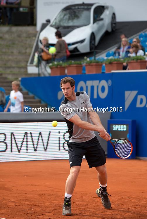 Andy Murray (GBR) im Hintergrund das Siegerauto.<br /> <br /> Tennis - BMW Open - ATP -   MTTC Iphitos - Muenchen -  - Germany  - 26 April 2015. <br /> &copy; Juergen Hasenkopf