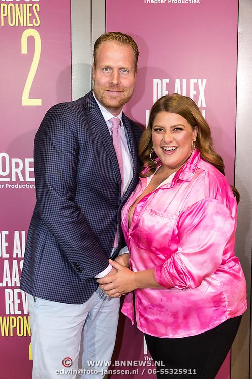 NLD/Amsterdam/20191007 - Premiere van De Alex Klaasen Revue - Showponies 2, Esmee van Kampen en Ferdi Stofmeel