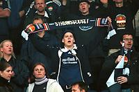 Strømsgodset-fans. Strømsgodset - Kongsvinger 2-0, 1. divisjon 2000. 29. mai 2000. (Foto: Peter Tubaas/Fortuna Media AS)