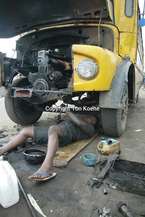 mechanic at work in nigeria