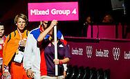 LONDEN - Epke Zonderland in actie op het onderdeel rekstok tijdens de kwalificatie van de Olympische Spelen.