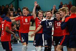 20181124 NED: Volleyball Top League ZVH - VCV: Zevenhuizen<br />CAS CRM ZVH celebrate the 3-1 win<br />©2018-FotoHoogendoorn.nl / Pim Waslander