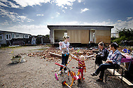 UNITED KINGDOM, Basildon: Irish Travellers move their home as eviction looms on the traveller settlement at Dale Farm near Basildon, Essex, south east England, on September 16, 2011. © Christian Minelli.