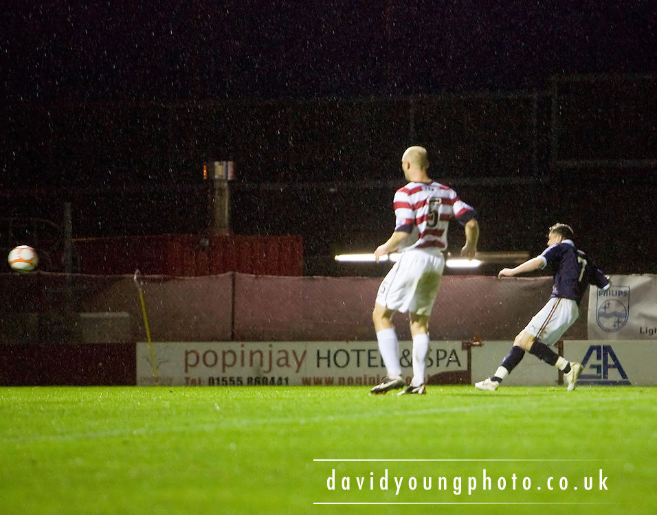 Nicky Riley scores Dundee's fifth goal - Hamilton Academical v Dundee - IRN BRU Scottish Football League First Division - at New Douglas Park. .- © David Young -.5 Foundry Place - .Monifieth - .Angus - .DD5 4BB - .Tel: 07765 252616 - .email: davidyoungphoto@gmail.com - .http://www.davidyoungphoto.co.uk