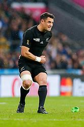 New Zealand Fly-Half Daniel Carter kicks a Penalty - Mandatory byline: Rogan Thomson/JMP - 07966 386802 - 24/10/2015 - RUGBY UNION - Twickenham Stadium - London, England - South Africa v Wales - Rugby World Cup 2015 Semi Finals.