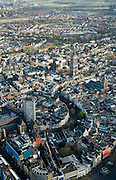 Nederland, Utrecht, Utrecht, 25-11-2008; binnenstad, met links Neude met postkantoor en Neudeflat, de Oude Gracht met direct na de bocht het stadhuis (neoklassiek gevel), de Domkerk, Domplein en Domtoren, midden rechts Buurkerk -  zie ook andere overzichtentown centre, with left Neude post office  and Neude Flat, the Oudegracht with immediately after the bend with the town hall (neoclassical facade), above middle Dom, Dom Square and Dom towercenter, cathedral, centrum, kathedraal, cathedraalsee also other overviews.  .luchtfoto (toeslag)aerial photo (additional fee required).foto Siebe Swart / photo Siebe Swart