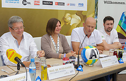 29.07.2014, Klagenfurt, Strandbad, AUT, A1 Beachvolleyball Grand Slam 2014, im Bild Landeshauptmann Mag. Dr. Peter Kaiser, Susann Speil, Christian Kresse, Dr. Hannes Florianz // during the A1 Beachvolleyball Grand Slam at the Strandbad Klagenfurt, Austria on 2014/07/29. EXPA Pictures © 2014, EXPA Pictures © 2014, PhotoCredit: EXPA/ Mag. Gert Steinthaler