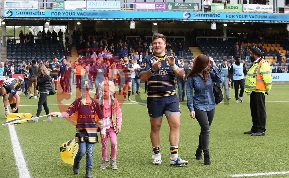 Ethan Waller of Worcester Warriors during the lap of honour - Mandatory by-line: Joe Dent/JMP - 18/05/2019 - RUGBY - Sixways Stadium - Worcester, England - Worcester Warriors v Saracens - Gallagher Premiership Rugby
