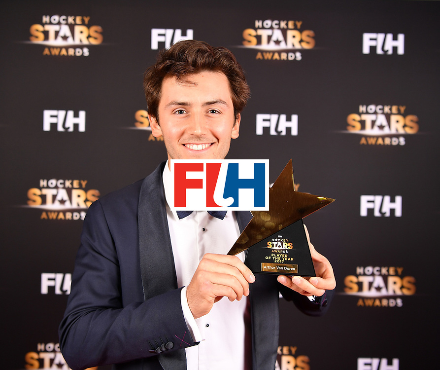 BERLIN, GERMANY - FEBRUARY 05:  Arthur van Doren  of Belgium holds his award for player of the year during the Hockey Star Awards night at Stilwerk on February 5, 2018 in Berlin, Germany.  (Photo by Stuart Franklin/Getty Images For FIH)