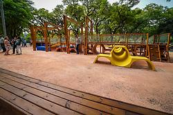 Porto Alegre, RS 14/02/2020: Em ato com as presenças do prefeito, Nelson Marchezan Júnior, do secretário Municipal do Meio Ambiente e da Sustentabilidade, (Smams), Germano Bremm, a prefeitura entregou na manhã desta sexta-feira, 14, o playground do Parque Farroupilha (Redenção) totalmente restaurado para o uso de crianças de todas as idades e cadeirantes. Foto: Jefferson Bernardes/PMPA