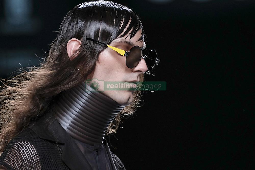 September 20, 2016 - Madrid, Spain - A models walks during 44STUDIO Fashion Show at Madrid EGO Fashion Week Spring/Summer 2017/18 at Ifema, on September 20, 2016, in Madrid, Spain  (Credit Image: © Oscar Gonzalez/NurPhoto via ZUMA Press)