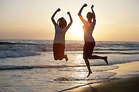 7 May 2010:   Phoenix Hunter and Dakotah Hendricks at the beach for family photo session in Newport Beach, CA.