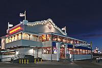 Bubba Gimp Shrimp Co Restaurant | An Evening at Santa Monica Pier, Los Angeles, California, USA
