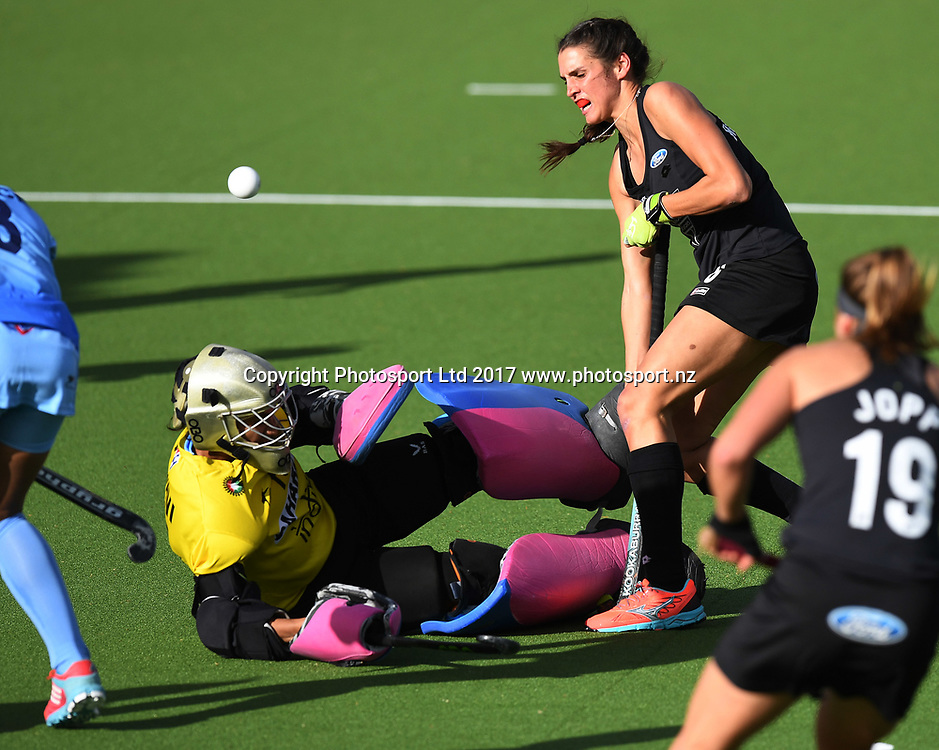 Amy Robinson collides with Indian goal keeper Rajani Etimarpu.<br /> Vantage Black Sticks Women vs India. International Hockey. Gallagher Hockey Centre. Hamilton. New Zealand. Friday 19 May 2017 &copy; Copyright Photo: Andrew Cornaga / www.photosport.nz