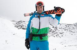 06.10.2015, Moelltaler Gletscher, Flattach, AUT, OeSV Medientag, im Bild Juergen Kriechbaum (Sportlicher Leiter ÖSV Damen) // ladies headcoach Juergen Kriechbaum during the media day of Austria Ski Federation OSV at Moelltaler glacier in Flattach, Austria on 2015 10/05. EXPA Pictures © 2015, PhotoCredit: EXPA/ Johann Groder