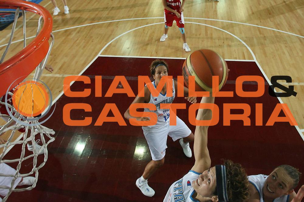 DESCRIZIONE : Chieti Qualificazione Eurobasket Women 2009 Italia Turchia <br /> GIOCATORE : Simona Ballardini <br /> SQUADRA : Nazionale Italia Donne <br /> EVENTO : Raduno Collegiale Nazionale Femminile<br /> GARA : Italia Turchia Italy Turkey <br /> DATA : 27/08/2008 <br /> CATEGORIA : special rimbalzo <br /> SPORT : Pallacanestro <br /> AUTORE : Agenzia Ciamillo-Castoria/M.Marchi <br /> Galleria : Fip Nazionali 2008 <br /> Fotonotizia : Chieti Qualificazione Eurobasket Women 2009 Italia Turchia <br /> Predefinita :