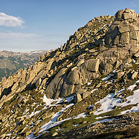 Walking along beautiful granite rock formations, we saw just a few hikers on this beautiful day.<br /> At the &quot;Col de Laparo&quot; we realized that the GR20 cross another long-distance trail called &quot;Mare e Mare Centre&quot;, which connects the eastern coast through the heart of Corsica to the western coast. We decided to leave the GR20 trail to join &quot;Mare e Mare Centre&quot;.