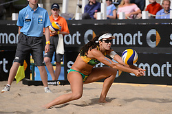 10-06-2016 DUI: Smart Major Beach Volleyball World Tour, Hamburg<br /> Larissa Franca Maestrini #1, Talita Da Rocha #2, Madelein Meppelink, Marleen van Iersel<br /> <br /> ***NETHERLANDS ONLY***