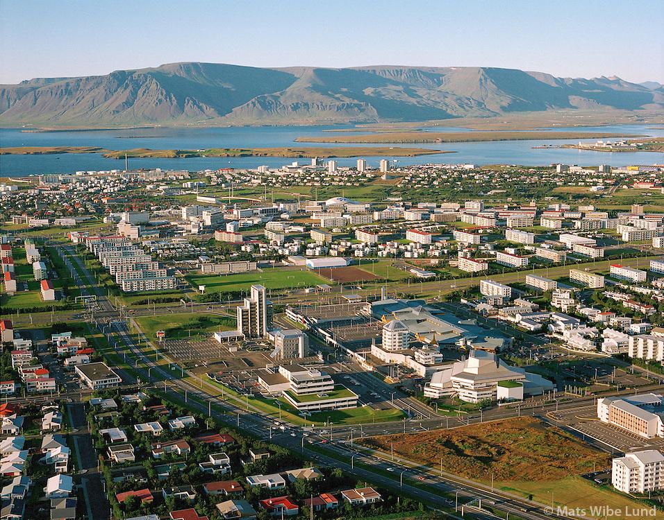 Kringlan, horft til norðurs, Esja / New town center Kringlan, view north to mount Esja