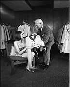 25/06/1969.06/25/1969. 25 June 1969.Miss Ireland, Patricia Byrne presented with new outfit at Doreen Ltd.(Leslie Vard).