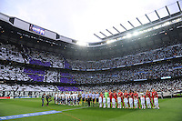 FUSSBALL   CHAMPIONS LEAGUE SAISON 2011/2012  HALBFINALE  RUECKSPIEL      Real Madrid - FC Bayern Muenchen           25.04.2012 Aufstellung der Mannschaften im Stadion Santiago Bernabeu
