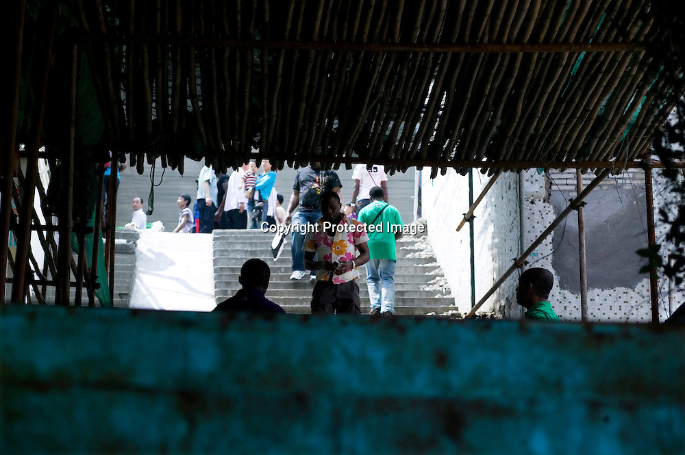 GUANGZHOU, 3. Mai , 2010:. Afrikaner am Tangqi Handelszentrums in Guangzhou...