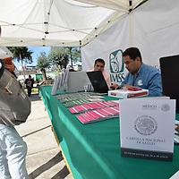Toluca, México.- (Mayo 29, 2018).- El Instituto Méxicano del Seguro Social (IMSS) de la zona poniente del Estado de México inauguró la feria de salud PrevenIMSS a jóvenes universitarios en la Facultad de Humanidades de la UAEMex. Agencia MVT / Crisanta Espinosa.