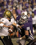 MANHATTAN, KS - OCTOBER 13:  Manhattan, KS -  Linebacker Ian Campbell #98 of the Kansas State Wildcats pressures quarterback Cody Hawkins #7 of the Colorado Buffaloes in the third quarter, during a NCAA football game on October 13, 2007 at Bill Snyder Family Stadium in Manhattan, Kansas.  Kansas State won 47-20.  (Photo by Peter Aiken/Getty Images)
