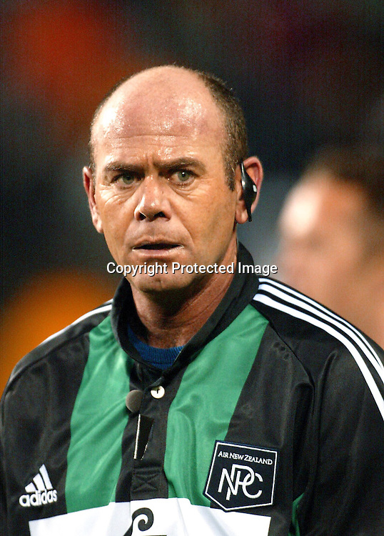 Paddy O'Brien - New Zealand international rugby union referee during Auckland v North Harbour match, Eden Park, Auckland, New Zealand. 31 August 2002.<br /> Auckland won the match, 43-7.<br /> Photo: Andrew Cornaga/Photosport.co.nz
