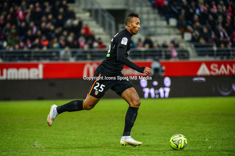 Jean Philippe GBAMIN - 25.01.2015 - Reims / Lens  - 22eme journee de Ligue1<br /> Photo : Dave Winter / Icon Sport *** Local Caption ***