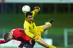 DRAMMEN, NORWAY - Tuesday, September 4, 2001: Wales' Michael Price and Norway's Trond Fredrik Ludvigsen during the UEFA European Championship qualifying Group 5 match at the Marienlyst Stadion. (Pic by David Rawcliffe/Propaganda)