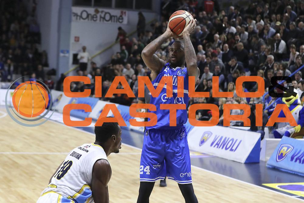 Vanoli Cremona vs Enel Basket Brindisi LBA serie A 4^ giornata stagione 2016/2017 PalaRadi 07/11/2016<br /> NELLA FOTO AMATH M'BAYE<br /> FOTO CIAMILLO