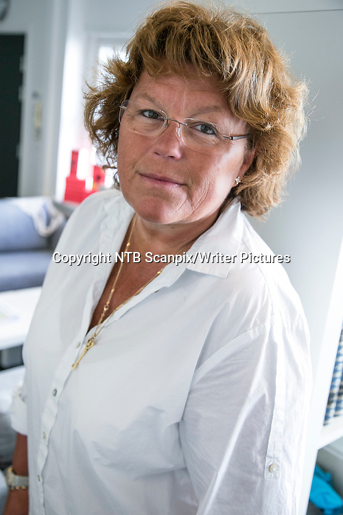 Oslo  20120905.<br /> Anne Holt er aktuell med boken Skygged&macr;d p&Acirc; Piratforlaget.<br /> Foto: Audun Braastad / NTB scanpix<br /> <br /> NTB Scanpix/Writer Pictures<br /> <br /> WORLD RIGHTS, DIRECT SALES ONLY, NO AGENCY