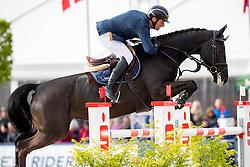 MUFF Werner (SUI), Jolie VH Molenhof<br /> Hagen - Horses and Dreams 2019<br /> Preis der LVM Versicherung - CSI4* Quali. BEMER-RIDERS TOUR-Wertung - Stechen<br /> 27. April 2019<br /> © www.sportfotos-lafrentz.de/Stefan Lafrentz
