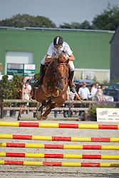 Thiry Kim (BEL) - Epleaser van t'Heike<br /> Nationaal Kampioenschap Jonge Paarden<br /> Stal Hulsterlo - Meerdonk 2010<br /> © Dirk Caremans