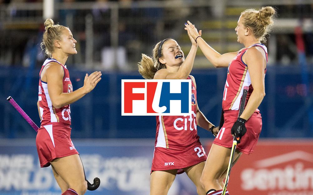 AUCKLAND - Sentinel Hockey World League final women<br /> Match id: 10300<br /> 10 New Zealand v USA<br /> Foto: Taylor West (r) scores a stroke for 1-2<br /> WORLDSPORTPICS COPYRIGHT FRANK UIJLENBROEK