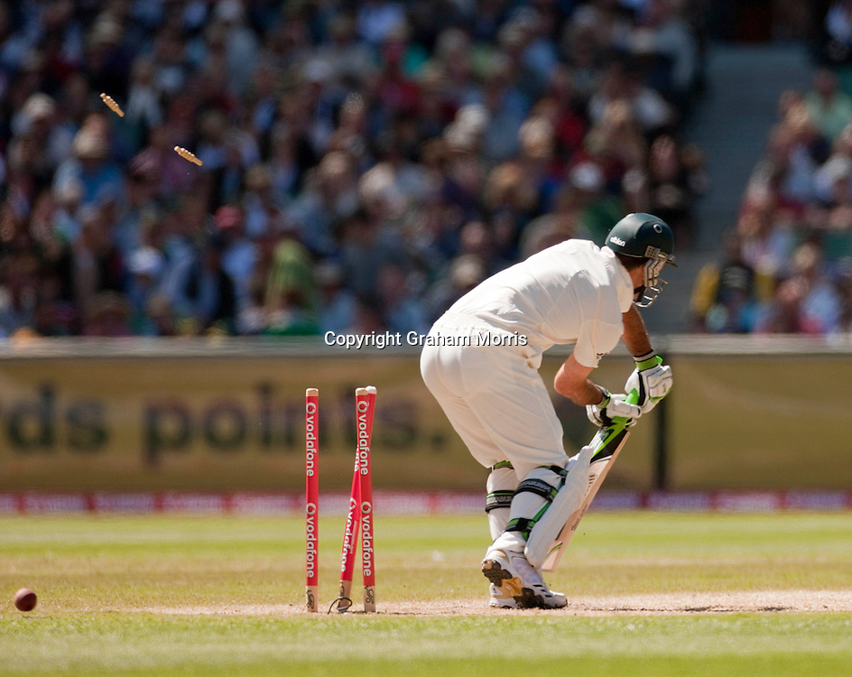 Ricky Ponting bowled by Tim Bresnan during the fourth Ashes test match between Australia and England at the MCG in Melbourne, Australia. Photo: Graham Morris (Tel: +44(0)20 8969 4192 Email: sales@cricketpix.com) 28/12/10