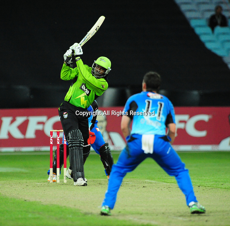 23.12.2011 Sydney, Australia.Thunders Jamaican batsman Chris Gayle in action during the KFC T20 Big Bash Cricket League game between Sydney Thunder and Adelaide Strikers at ANZ Stadium Sydney.