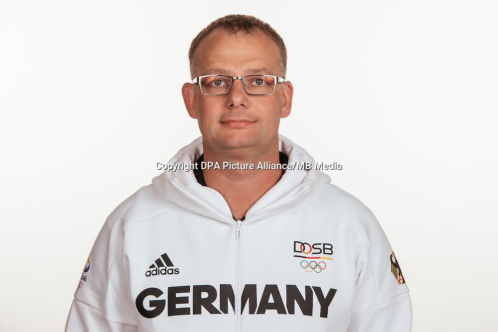 Markus Schmitz poses at a photocall during the preparations for the Olympic Games in Rio at the Emmich Cambrai Barracks in Hanover, Germany, taken on 14/07/16 | usage worldwide
