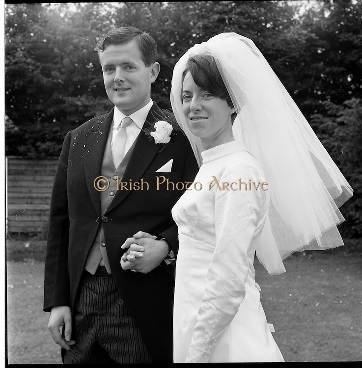 05/07/1967<br /> 07/05/1967<br /> 05 July 1967<br /> Wedding of George Walsh, eldest son of Mr and Ms Kevin G. Walsh, St. Rita's, Firhouse Road, Templeogue, Co. Dublin and Miss Arlene McMahon, elder daughter of Det. Chief Supt. Philip McMahon, Head of Special Branch, Dublin Castle and Mrs McMahon of Lisieux, Templeville Park, Templeogue, Co. Dublin who were married at the Carmelite Church, Terenure College, Dublin. An Taoiseach Mr Jack Lynch and Mrs Lynch; Mr Liam Cosgrave, leader Fine Gael and Mrs Cosgrave were among the 120 guests. Rev Fr H.E. Wright, O. Carm., Moate, officiated at the ceremony. The reception was held at Downshire Hotel, Blessington, Co. Wicklow. The bride and groom at the reception.