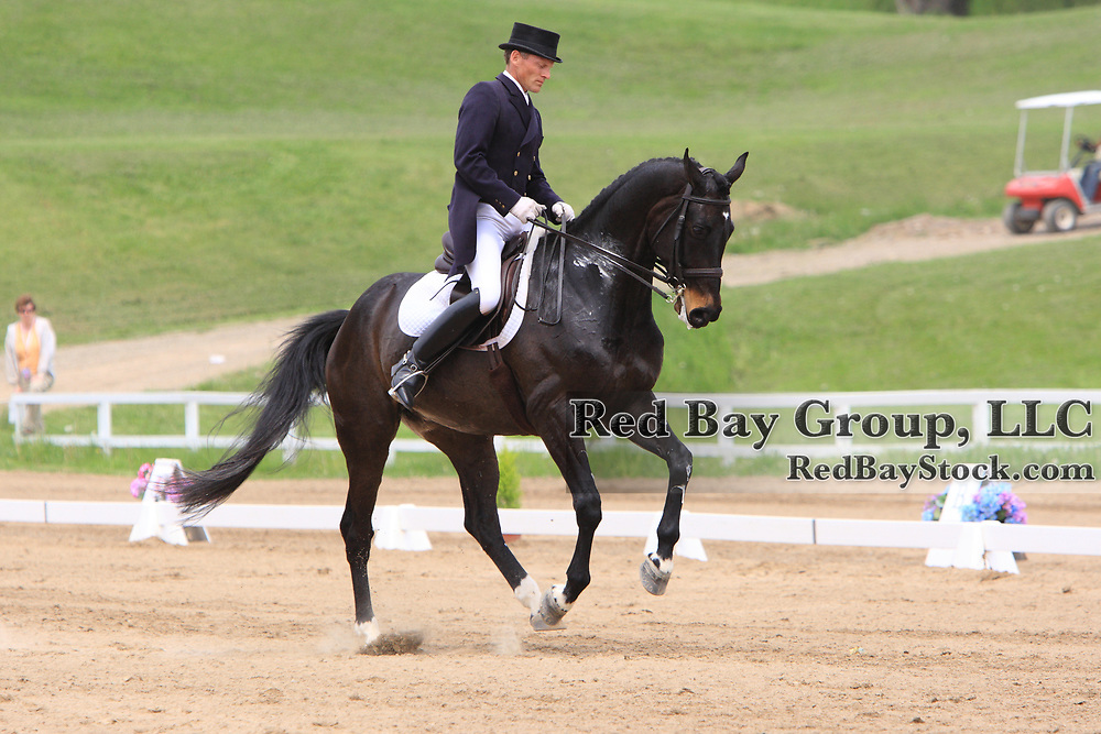 Tom Dvorak and Fling at the 2010 Equivents Spring Classic in Milton, Ontario.