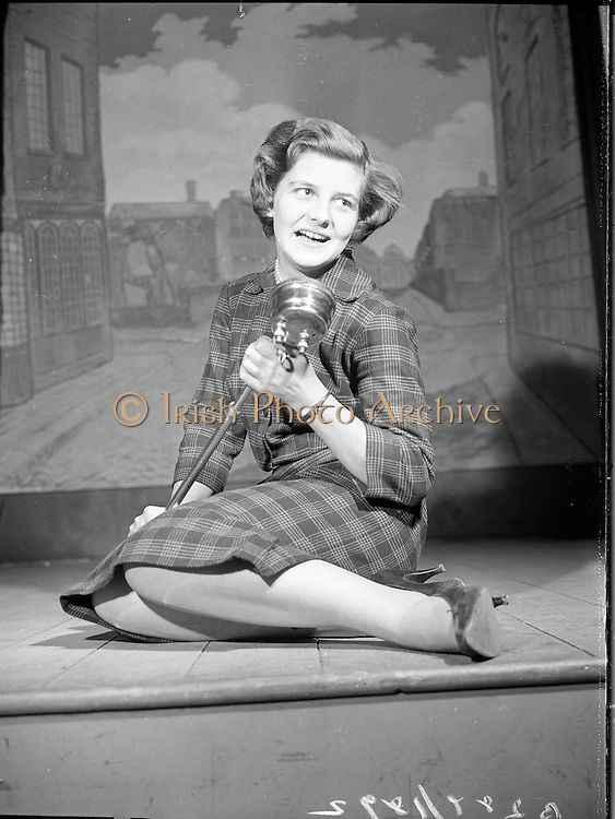 Aideen Kinlen, actress..1960..26.01.1960..01.26.1960..26th January 1960...Image shows the actress Aideen Kinlen on stage at the Eblana Theatre. The Eblana Theatre is situated in the basement area of the Busáras, (Bus Station) in Store Street,Dublin.