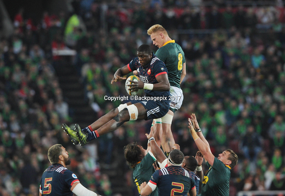 Yacouba Camara of France wins a lineout against Jean Luc Du Preez  of South Africa during the 2017 International Incoming Series rugby match between SA and France on 24 June 2017 at Ellis Park Stadium   © Sydney Mahlangu /BackpagePix