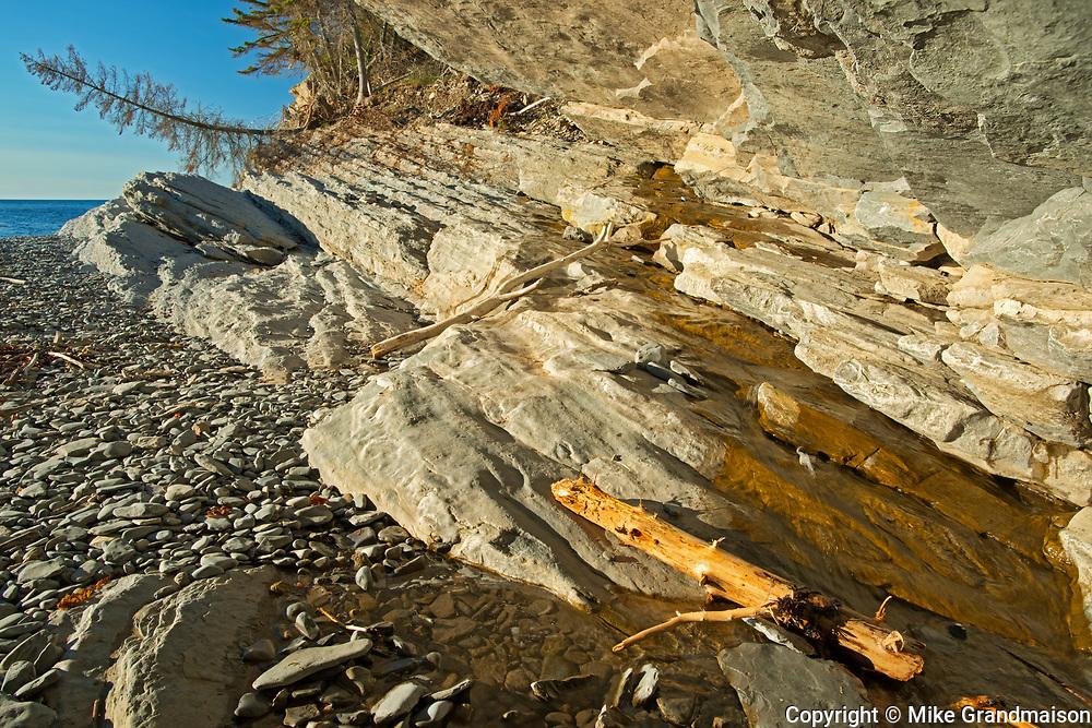 Limestone rcok along Cap Bon-Ami<br />Forillon National Park<br />Quebec<br />Canada