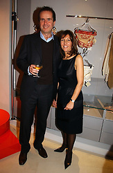 SIMON PRITCHARD-SMITH and LINA BARBARA owner of Essenzilae at the launch of the Essenziale shop, Grafton Street, London on 12th December 2006.<br /><br />NON EXCLUSIVE - WORLD RIGHTS