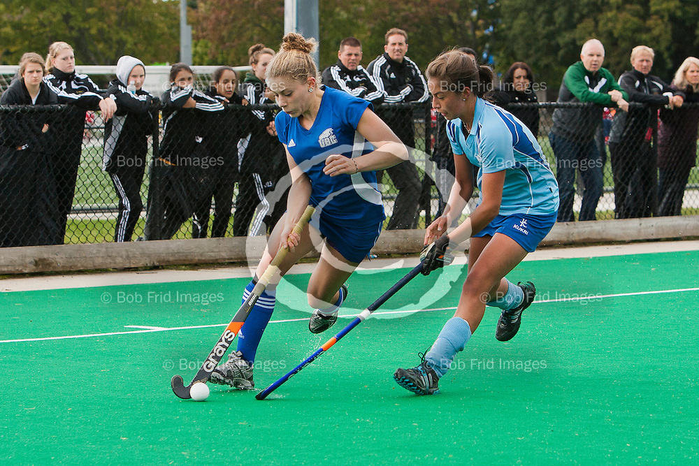 01 October 2011:  Action during a women's field hockey game between the University of British Columbia Thunderbirds and the University of Victoria Vikes at Thunderbird Park, University of British Columbia, Vancouver, BC, Canada.  Final Score:  UBC 0    UVic 3    ****(Photo by Bob Frid/UBC Athletics) 2011 All Rights Reserved****