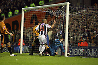 Photo: Rich Eaton.<br /> <br /> West Bromwich Albion v Wolverhampton Wanderers. Coca Cola Championship. Play off Semi Final 2nd Leg. 16/05/2007. West Broms Kevin Phillips scores the first goal of the evening (#21)
