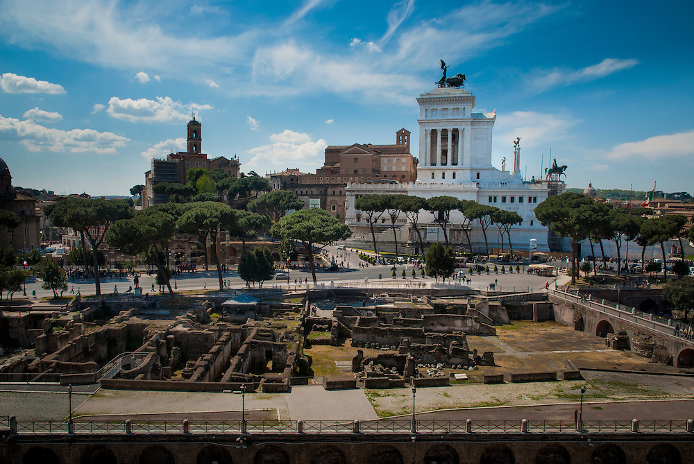 """View from the Trajan Forum on the Typewriter """"Wedding Cake"""" Monument, the Forum Romanum and the Capitoline Hill"""
